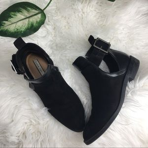 Zara trafaluc bucklet Cut out ankle boots size 35